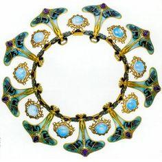 Lalique 1900 'Insect Women & Black Swans' Necklace: gold, enamel on gold, plique-à-jour enamel, Australian opal, Siberian amethyst