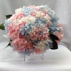bouquet de hortências cor de rosa brancas e azuis naturais preservadas buquê