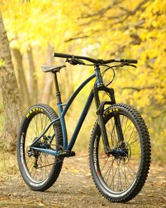 There are many different kinds and styles of mtb that you have to pick from, one of the most popular being the folding mountain bike. The folding mtb is extremely popular for a number of different … Hardtail Mtb, Hardtail Mountain Bike, Mountain Biking, Mtb Bike, Bike Trails, Cycling Bikes, Trek Bikes, Road Cycling, Mountian Bike