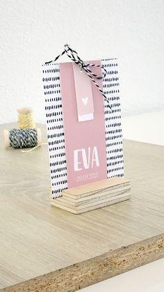Geboortekaartje Eva - DIY knipkaart - zelf maken - hip geboortekaartje - zwart, wit en roze