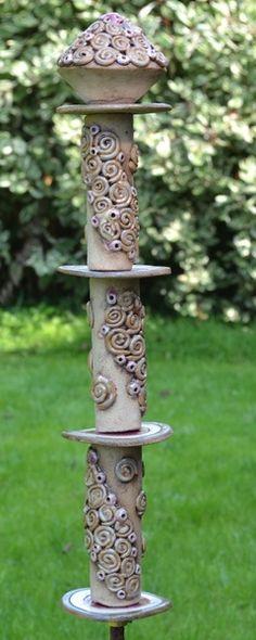Gartenkugeln & -stelen - Stele Elfrun 101-602 - ein Designerstück von KeramikKreativ bei DaWanda