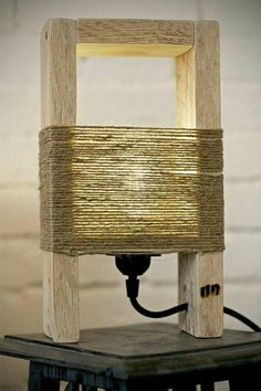 Cute Wood Table Lamp made with a Pallet Lovely wood lamp made with pallet parts and thin natural ropes.Fully handmade in Italy. The post Cute Wood Table Lamp made with a Pallet appeared first on Woodworking Diy. Woodworking Projects Diy, Diy Pallet Projects, Wood Projects, Woodworking Wood, Pallet Ideas, Popular Woodworking, Wood Ideas, Youtube Woodworking, Woodworking Store