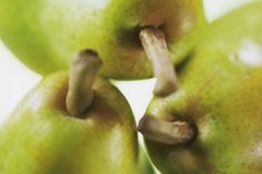 The Worst Summer Fruits: Pears http://www.rodalenews.com/pesticides-fruit