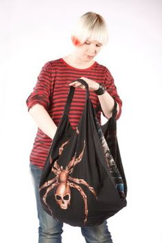 Craft Tutorials Galore at Crafter-holic!: Slouchy Hobo Bag from T shirt