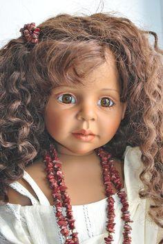 Очаровательная Aya (Айя) от Joke Grobben. / Коллекционные куклы (винил) / Шопик. Продать купить куклу / Бэйбики. Куклы фото. Одежда для кукол