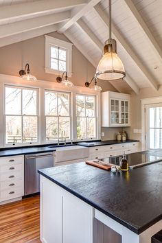 Nothing says traditional home better than our Virginia Alberene soapstone countertops. Photo: Andrea Hubbell