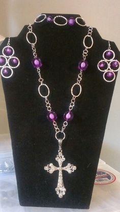 Purple cross set..$36 Purple Cross, Crosses, Angels, Jewelry, Fashion, Jewlery, Moda, Jewels, La Mode