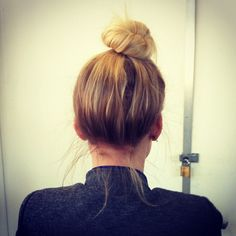 A top notch top knot. #urbanoutfitters