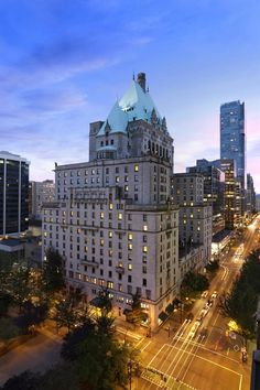 Welcome to Fairmont Hotel Vancouver! The best way to enjoy your stay in Canada ;)