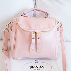 Price:$25.00 Color: Black/ White/ Khaki/Pink/Light Purple/Green Style: Cool/Cute Cool Cute Fashion Pure Message Bag Crossbody Bag