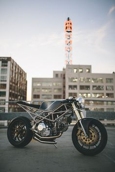 Max Hazan has arrived at the top of the 'motorcycle as art' genre: He's entered the rarified atmosphere occupied by builders like Shinya Kimura, Chicara Nagata and Ian Barry of Falcon Motorcycles. Here's an exclusive look at the latest build from LA-based Hazan Motorworks, a Ducati Monster-powered custom: http://www.bikeexif.com/hazan-motorworks