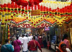 Chandni Chowk Market, Delhi - I miss India soooo much. Want to go back ASAP