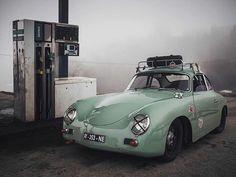 Porsche and other things. Porsche Classic, Bmw Classic Cars, Porsche 356 Outlaw, Porsche 356 Speedster, Porsche Autos, Porsche Cars, Volkswagen Bus, Vw Camper, Retro Cars