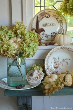 In the Potting Shed: Brown Transferware, Hydrangeas and Pumpkins French Decor, French Country Decorating, Fall Decorating, Diy Home Crafts, Easy Home Decor, Homemade House Decorations, Vintage Decorations, Autumn Decorations, Christmas Decorations