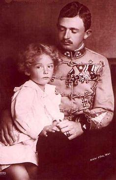 L'empereur Charles I d'Autriche et son fils aîné, l'archiduc Otto