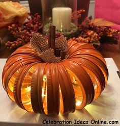 31 Amazing Diy Mason Jar Halloween Crafts To Spice Up Your Fall Decor. If you are looking for Diy Mason Jar Halloween Crafts To Spice Up Your Fall Decor, You come to the right place. Here are the Diy. Mason Jar Pumpkin, Pot Mason Diy, Canning Lid Pumpkin, Jar Lid Crafts, Mason Jar Crafts, Canning Jar Lids, Mason Jar Lids, Pumpkin Crafts, Fall Crafts