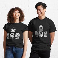 """Gaming Tastatur Geschenk Nerd Game"" T-Shirt von Aliastueni | Redbubble Weed Shirts, I Love My Wife, Mask For Kids, My T Shirt, Female Models, Funny Tshirts, Tshirt Colors, Cool Girl, Chiffon Tops"