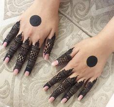 Simple Mehndi Designs Fingers, Circle Mehndi Designs, Finger Mehendi Designs, Pretty Henna Designs, Latest Bridal Mehndi Designs, Mehndi Designs For Beginners, Unique Mehndi Designs, Fingers Design, Mehndi Designs For Hands