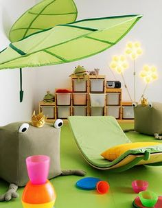ikea I have always loved the giant leaves at IKEA this is just a HAPPY ROOM! ikea I have alwa Ikea Childrens Bedroom, Kids Bedroom, Childrens Rooms, Bedroom Ideas, Trofast Ikea, Ikea Kids Room, Kids Rooms, Ikea Playroom, Kids Room Organization