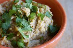 Paleo roasted garlic dip AIP (parsnip and cauliflower)