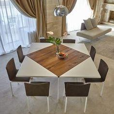 Un tavolo allungabile e dalla forma quadrata che aggiunge fino a quattro posti in più a sedere, ideale per la cucina o la sala da pranzo