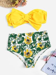 To find out about the Bow Decorated Ruched Bandeau With Random Floral Bikini at SHEIN, part of our latest Bikinis ready to shop online today! Bandeaus, Bow Bandeau, Black Company, Floral Bikini Set, Bikinis For Sale, Bikini Ready, Bra Types, Beachwear For Women, Bikini Swimwear