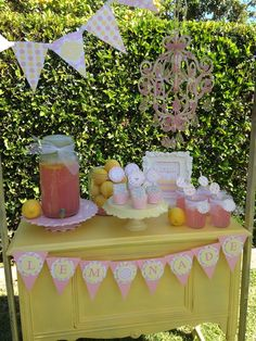 Very cool Lemonade Stand Spring Party!  See more party ideas at CatchMyParty.com!