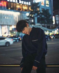 Uploaded by kσσkíєѕ. Find images and videos about ulzzang, asian boy and ulzzang boy on We Heart It - the app to get lost in what you love. Korean Boys Ulzzang, Ulzzang Couple, Korean Men, Ulzzang Girl, Korean Girl, Ulzzang Style, Cute Asian Guys, Cute Korean Boys, Asian Boys
