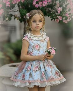 Cute Little Girl Dresses, Dresses Kids Girl, Kids Outfits, Flower Girl Dresses, Toddler Fashionista, Little Fashionista, Baby Frocks Designs, Girl Photo Shoots, Girl Dress Patterns