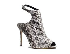 http://en.louloumagazine.com/fashion/shopping-galleries-shopping/100-stunning-shoes-for-fall/