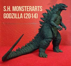 For Godzilla's anniversary, Tamashii Nations has graciously given us an S. MonsterArts figure of the Big G as seen in Gareth Edwar. Neca Figures, Godzilla Figures, Godzilla Toys, Sh Monsterarts, Monster Pictures, Skull Island, Japanese Film, 60th Anniversary, Dragon Art