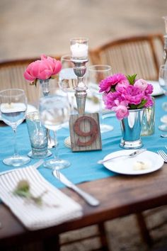 image of Turquoise Wedding Table Decoration Ideas