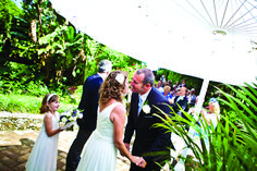 Wedding Photographer in Gibraltar botanical gardens