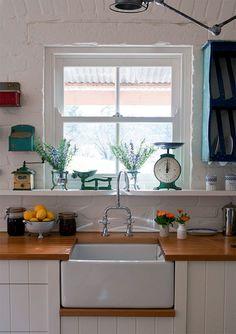 White beadboard kitchen cabinets luxury kitchens with butcher block countertops awesome white Farm Kitchen Ideas, Farmhouse Kitchen Decor, New Kitchen, Kitchen Sink, Barn Kitchen, Basement Kitchen, Happy Kitchen, Decorating Kitchen, Kitchen Small