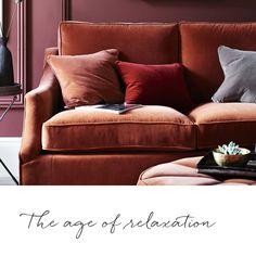 Ha en fin og avslappende helg! ✨ Denne herlige sofaen i trendig Fox fløyel kommer snart i utstilling til Neptune Vestby Design Senter  #neptunehome #neptunehomenorge #interior #interiør #drømmesofa #sofa #neptunesofa #welovebeautifulhomes #høst2015
