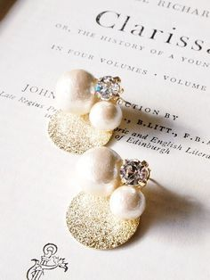 Buy Lavish-Look Gorgeous Glitter Pearl Crystal Ear Studs online Buy Lavish-Look Gorgeous Glitter Pearl Crystal Ear Studs online Handmade Beaded Jewelry, Handmade Jewelry Designs, Handmade Accessories, Earrings Handmade, Jewelry Accessories, Passementerie, Cute Earrings, Jewelry Crafts, Jewelry Making