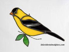 Vitrail Goldfinch ornement oiseau plante par LakeSideStainedGlass