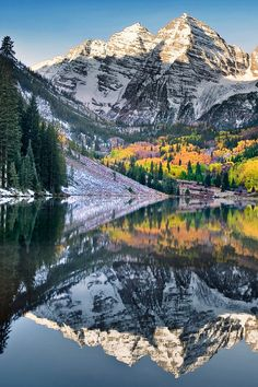 ✯ Maroon Bells in Autumn - Colorado