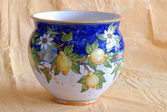 Talavera Pottery, Ceramic Pottery, Pottery Painting, Ceramic Painting, Italian Pottery, Artsy Fartsy, Terracotta, Flower Pots, Projects To Try