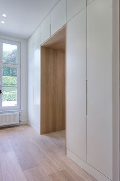 Home Decor Ideas Organizing Storage Wardrobe Doors, Bedroom Wardrobe, Hallway Storage, Bedroom Storage, Cheap Home Decor, New Homes, House Design, Interior Design, Furniture