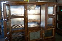 Eight Door McCray converted to a frost free refrigerator. From Antique Vintage Refrigerator. Vintage Refrigerator, Kitchen Refrigerator, Kitchen Appliances, Refrigerator Decoration, Unfitted Kitchen, Bungalow Kitchen, Pantry Design, Stylish Kitchen, Wine