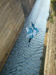 Greek Mirage 2000 going way low on the Corinth Canal Military Jets, Military Aircraft, Fighter Aircraft, Fighter Jets, Airplane Fighter, Image Avion, Corinth Canal, Cool Pictures, Cool Photos