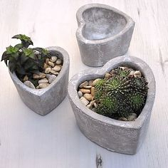 Concrete Heart Pot