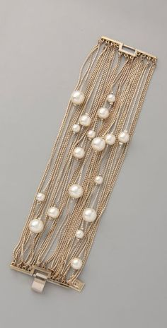 Pretty gold + pearl bracelet