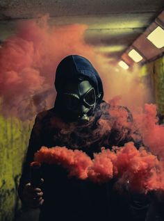 [New] The 10 Best Drawings Today (with Pictures) Gas Mask Art, Masks Art, Gas Masks, Apocalyptic Fashion, Post Apocalyptic, Rauch Fotografie, Smoke Bomb Photography, Airsoft Mask, Smoke Art