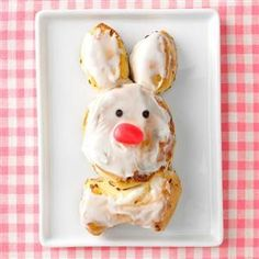 Bunny recipes, Easter bunny rolls, Bunny cinnamon rolls, Cinnamon roll dough, Bunny rolls, Cinnamon rolls - A tube of cinnamon roll dough and a little imagination make these adorable bunnies almost to - #Bunnyrecipes