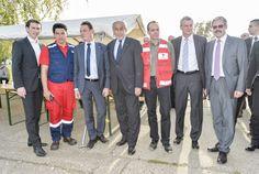 Außenminister Sebastian Kurz besucht im Zuge der KURIER AID AUSTRIA-Hochwasserhilfe die Stadt Sabac. (Serbien, 08.10.2014. Foto: Jeff Mangione) http://kurier.at/chronik/oesterreich/die-angst-vor-der-ersten-kaelte/90.625.769
