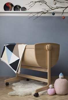 Wooden baby cradle, simple style