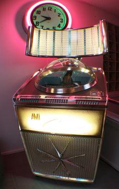 Vintage 1950s globe-top AMI jukebox