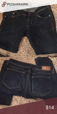 H&M Dark Jeans Preowned, super comfortable jeans! Used to be my favorite 😍 Jeans Skinny